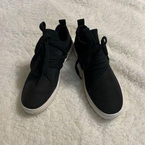 Black & white sneakers